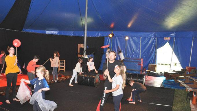 Un cirque a dressé son chapiteau à Saint Aubin du Pavail