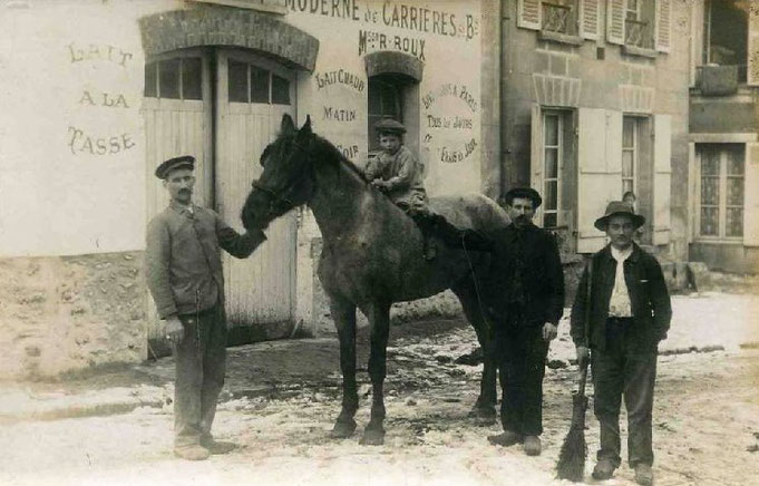 Le Mesnil-le-Roi - Carrières-sous-Bois, terres agricoles au début du XXème siècle