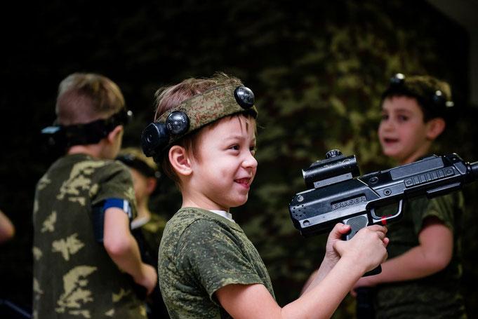 выездной лазертаг для детей в Москве