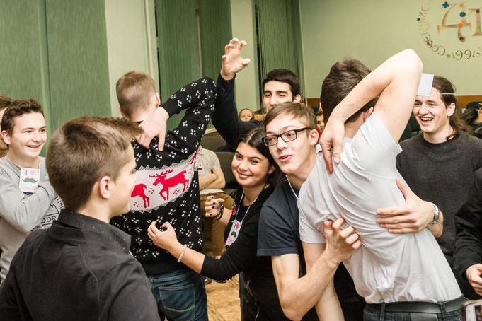Усатая вечеринка для детей и подростков на детский  день рождения в Москве