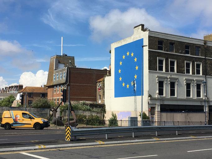 Der britische Stern wird bereits aus dem EU-Banner entfernt.
