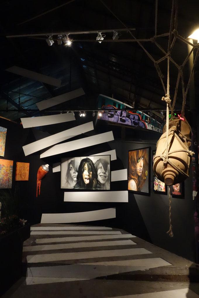 odeg jean rooble les frères coulures installation traits d'union graffiti exposition montreuil 2013 piéton pas sage passage toile art canvas exhibition
