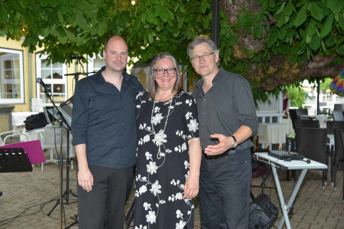 """Chili con Kari"": Richi Pusavec (sax), Gabriele Kari (voc), Dieter Kari (keys)"