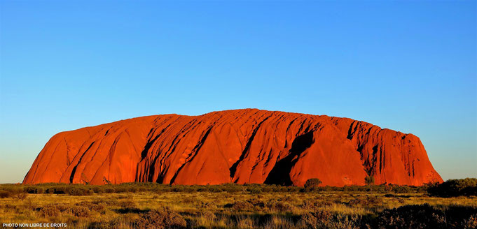 Uluru, le rougeoyant, Uluru-Kata Tjuta National Park