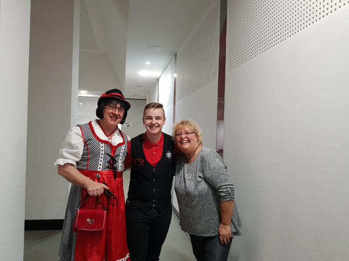 Karin Jahnke von der Karnevalsmesse Niederrhein, Timo Svhwarzendahl & Et Lisbeth