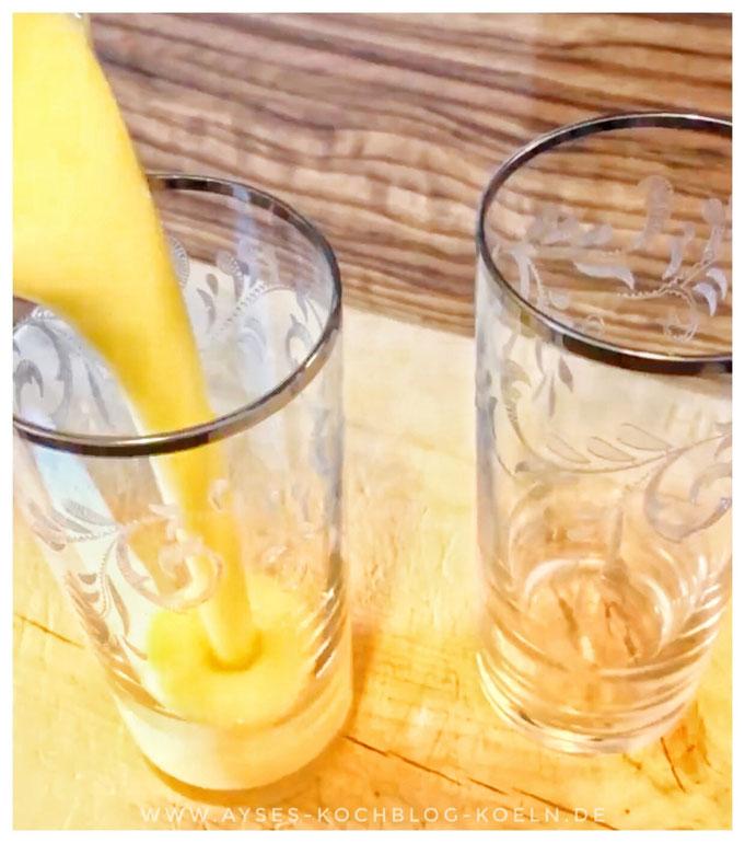 einfacher Mango Smoothie mit Banane