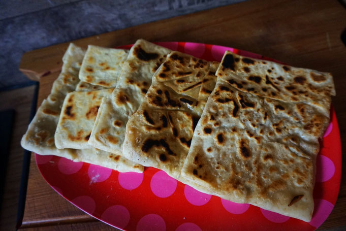 original vegetarisches Goezleme|Teigtaschen|Feta|Spinat