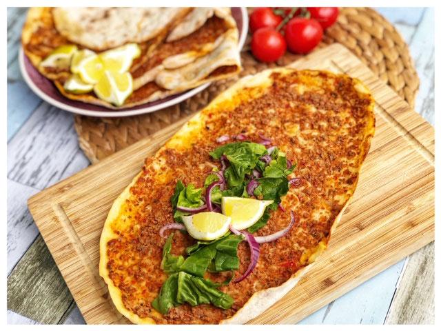 Rezept Tarifi selbstgemachte tuerkische Lahmacun Pizza