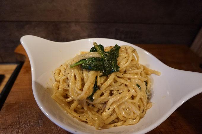 Butter Pasta mit Zitrone - Thymian - Spinat | schnelles warmes Abendessen