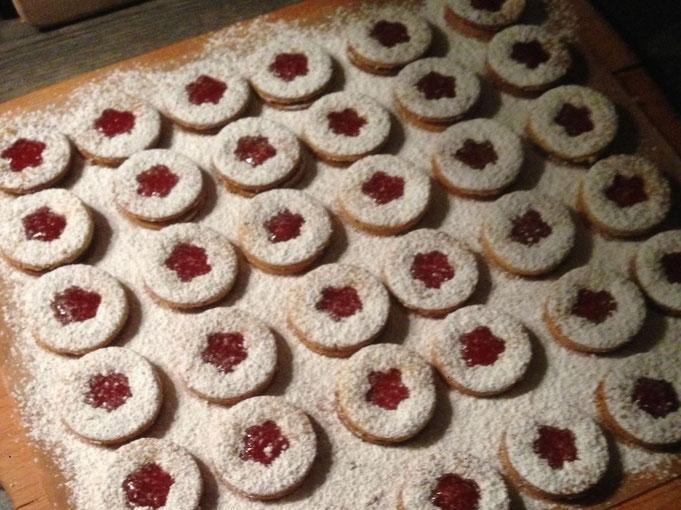Nessas Spitzbuben Plaetzchen mit Marmelade | Linzer Augen