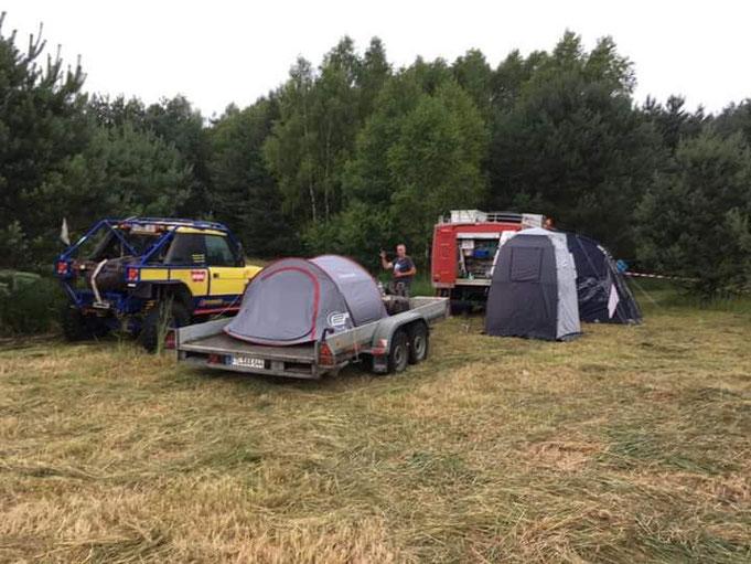 Camp steht