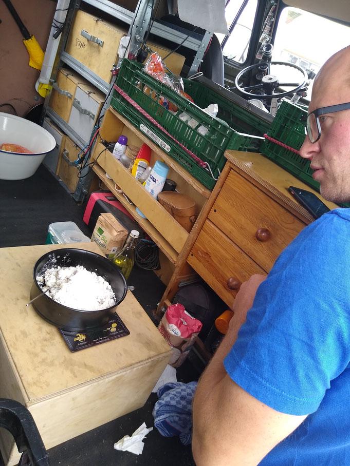 Matze hatt noch schnell einen Brotteig an der Tanke angesetzt