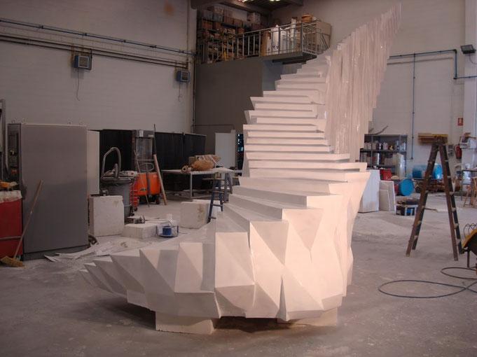 Escultura de Escalinata, para el artísta Manu Arregui