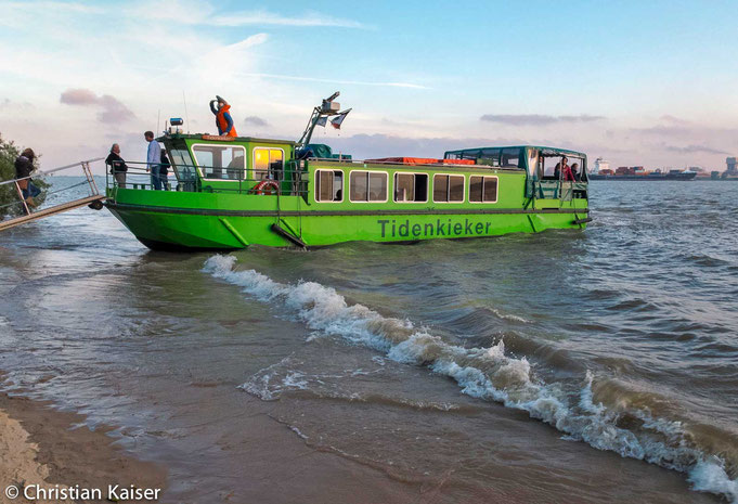 Gangway Guests can leaf the shipp MS Tidenkieker  on banks of the Elbe River