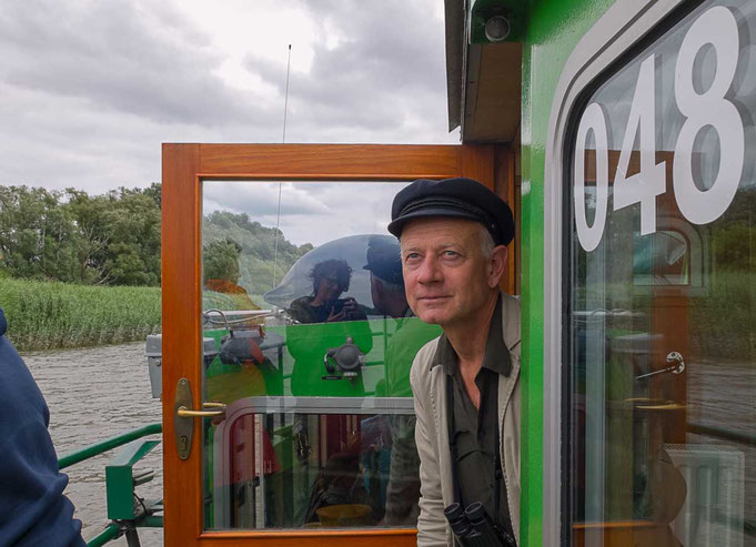 Guide Christian here on a boat trip on the Elbe River