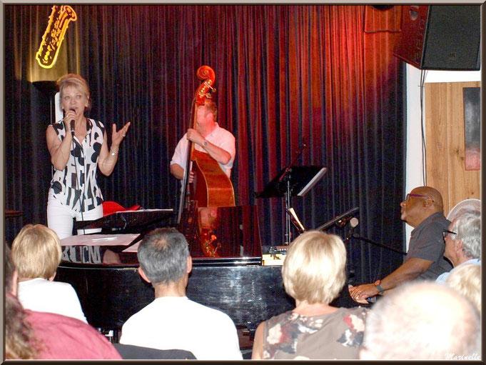 Caroline Grossot, Joseph Ganter au piano et Didier Vaudron à la contre-basse, concert au Baryton à Lanton le 7 juin 2014