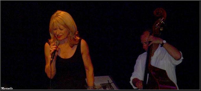 Concert, soirée intimiste à la salle des Fêtes de Gujan-Mestras le 17 mai 2014