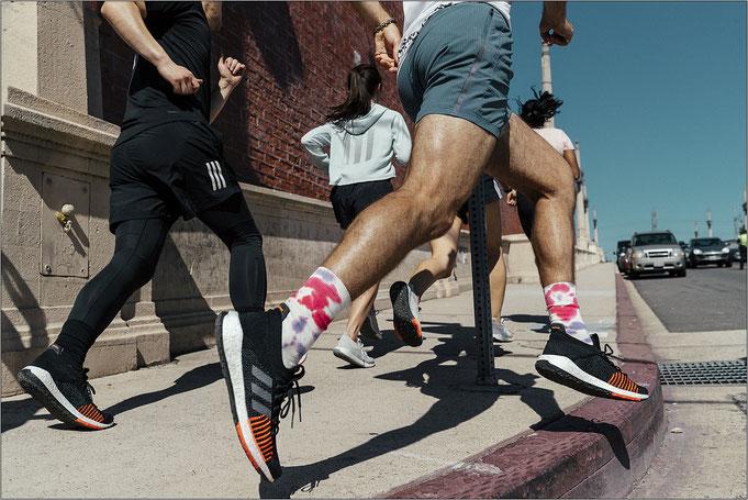 Aus der urbanen Laufkultur entstanden. Bildquelle: adidas