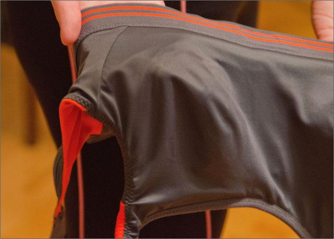 High-Performance-Fasern halten die Haut kühl und trocken.