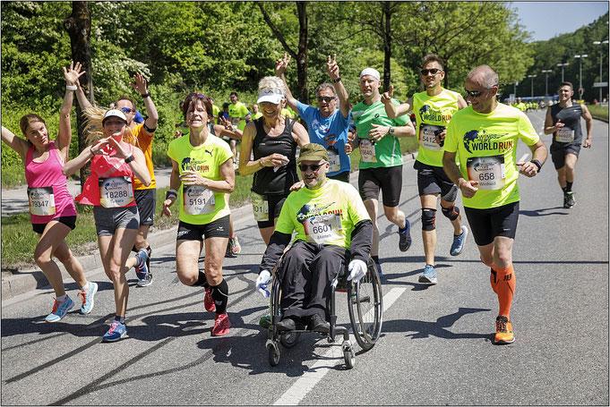Laufen für den guten Zweck! Bildquelle: Flo Hagena/Red Bull