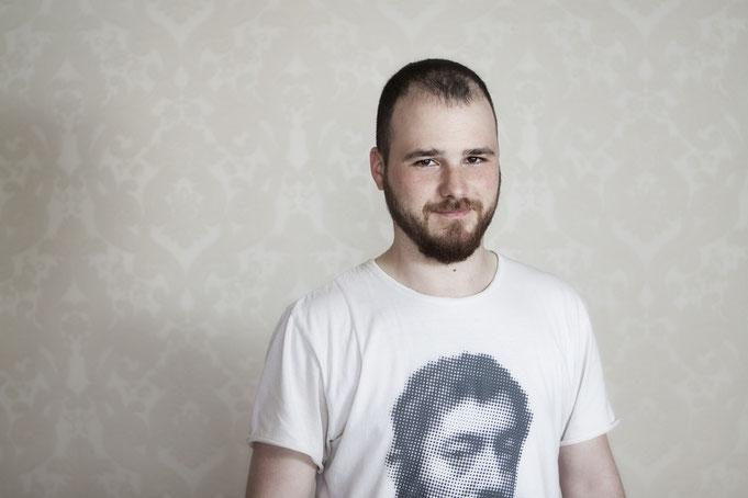 Eloi Isern - Profesor de Guitarra Clásica, Acústica & Eléctrica