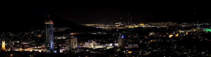 Stadt Jena bei Nacht - Jentower