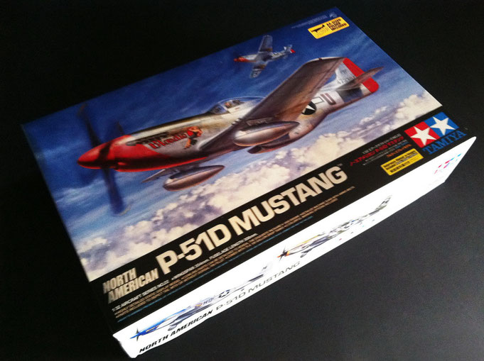 North American P-51D Mustang - Tamya modelkit scale 1:32 (2011)