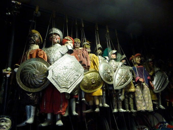 Ein Blick ins Marionetten-Museum lohnt sich.