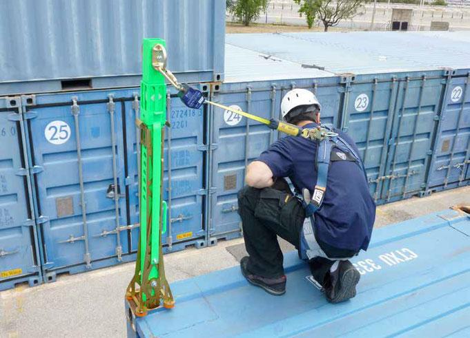 Absturzsicherung für Containerumschlagplätze