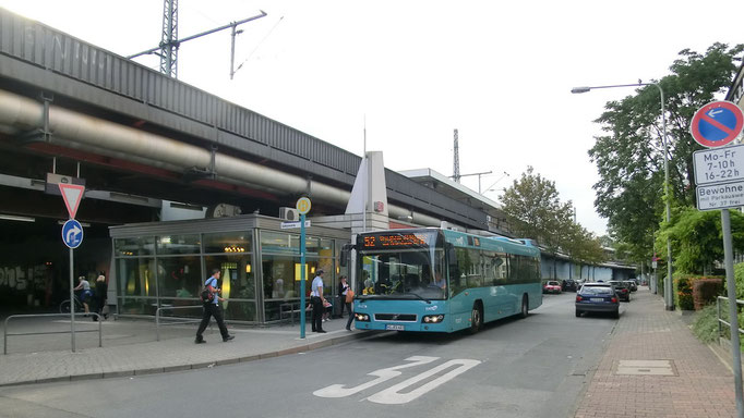 Frankfurt am Main - Galluswarte - Bus Linie 52