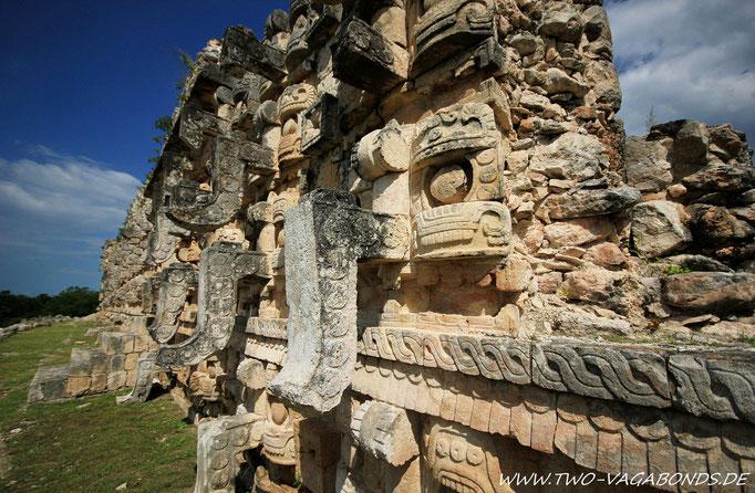 PALACIO DE LOS MASCARAS