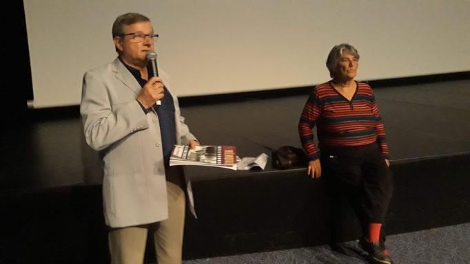 Denis Bellon présente Jo Anger Weller la réalisatrice du film