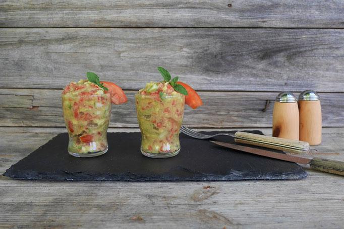 veganes Tomaten-Gurken-Tartar