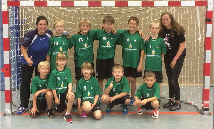 Die E-Jugend des TuS Altwarmbüchen hatte viel Spass am ersten Spieltag.