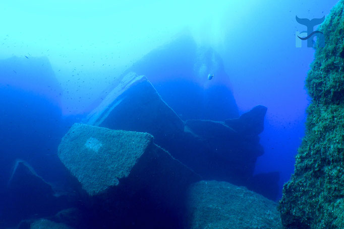 Das einst stolze Azur Window ist ein Unterwasser-Trümmerhaufen © Robert Hansen
