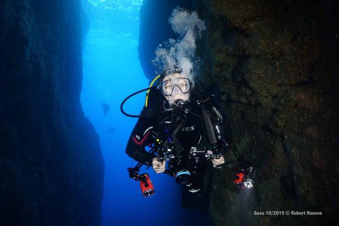 Mein Lienlingsbuddy Till, stets perfekt tariert, hier in Inland Sea  © Robert Hansen, Gozo Oktober 2015