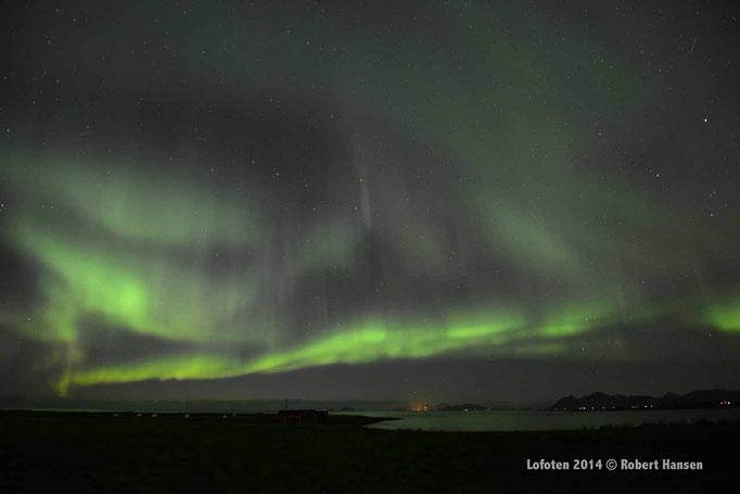 Nordlys - Polar Light - Nordlicht. Delp/Lofoten, 22.09.2014, 22:13 © Robert Hansen