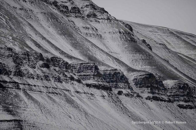 Botneheia - Svalbard 9/2014 © Robert Hansen