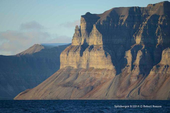Templet - Svalbard 9/2014 © Robert Hansen