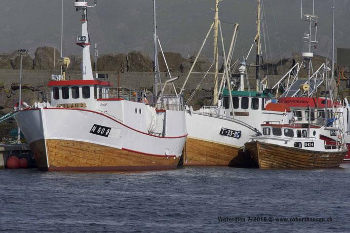 Fischerboote im Hafen von Bø auf den Vesterålen © Robert Hansen