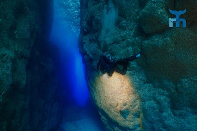 Schmaler und 15 Meter tiefer Durchgang zum Inland Sea © Robert Hansen