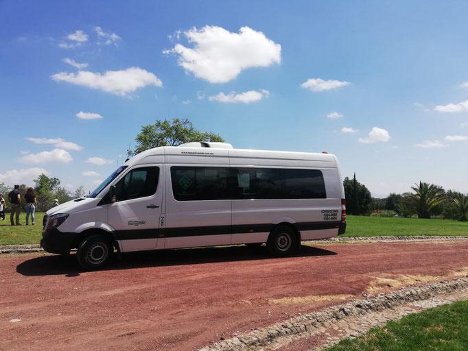 Renta de camionetas de 19 pasajeros en CDMX