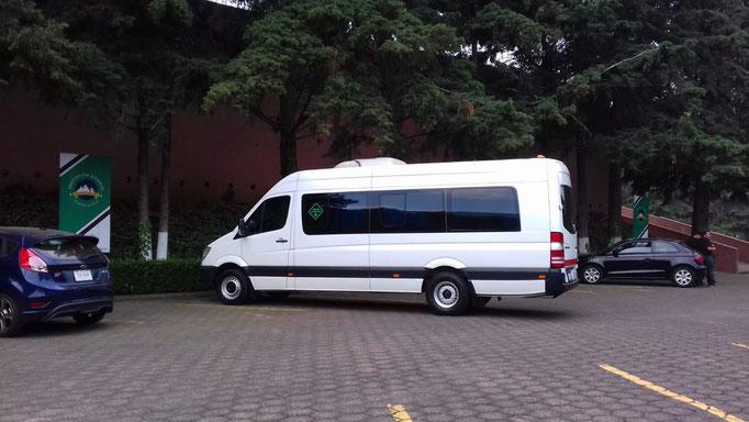 Renta de camionetas turísticas CDMX
