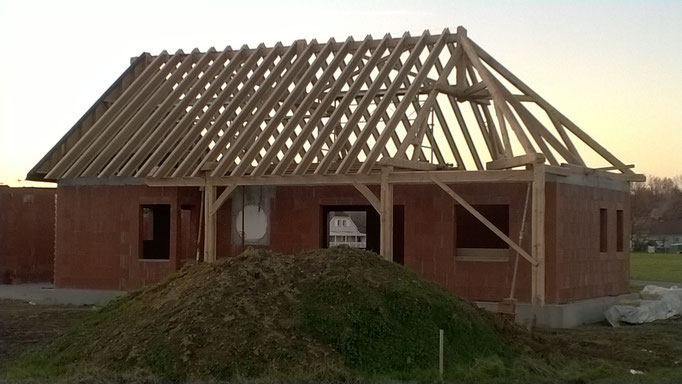 Eco-construction charpente traditionnelle