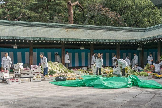 Gemüsemarkt der bereits abgebaut wird