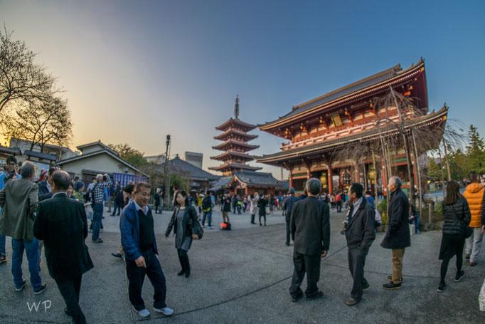 Beeindruckend, diese riesigen buddhistischen Gotteshäuser