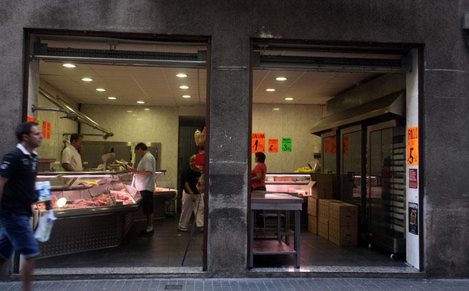 Routine- Barcelona, Catalunya, Spain (2011)