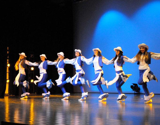 Danse des pêcheurs - groupe Khaled Seif 2008