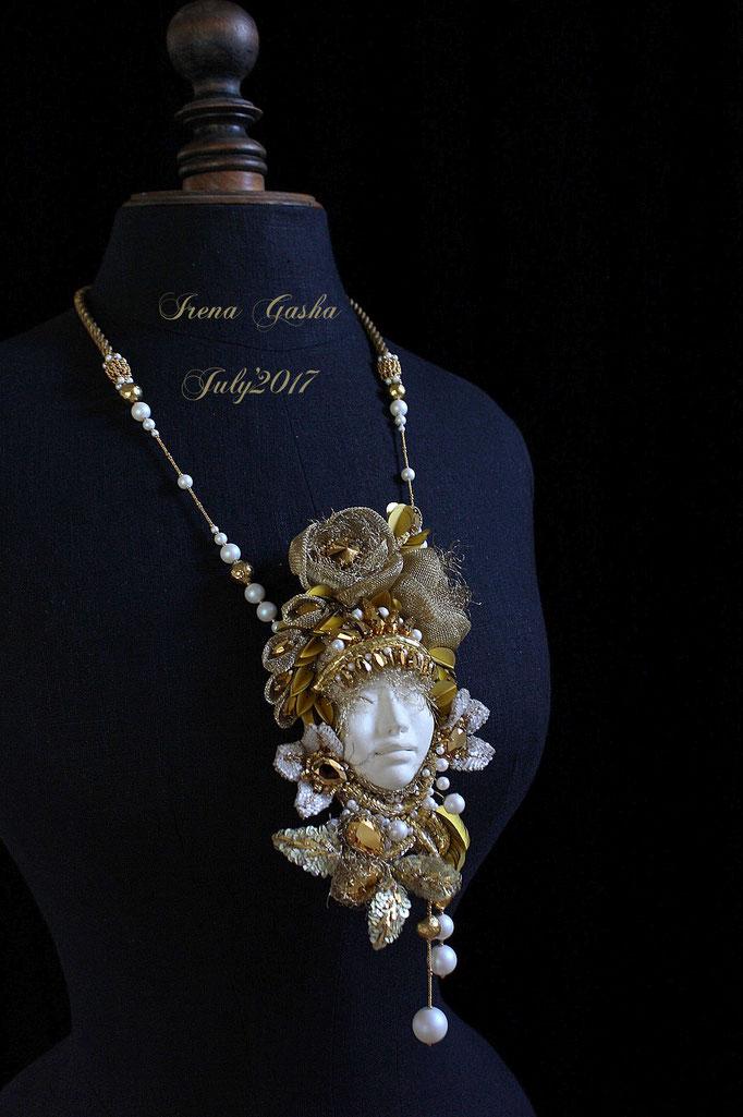 """Necklace """"Golden Queen""""/July'2017"""