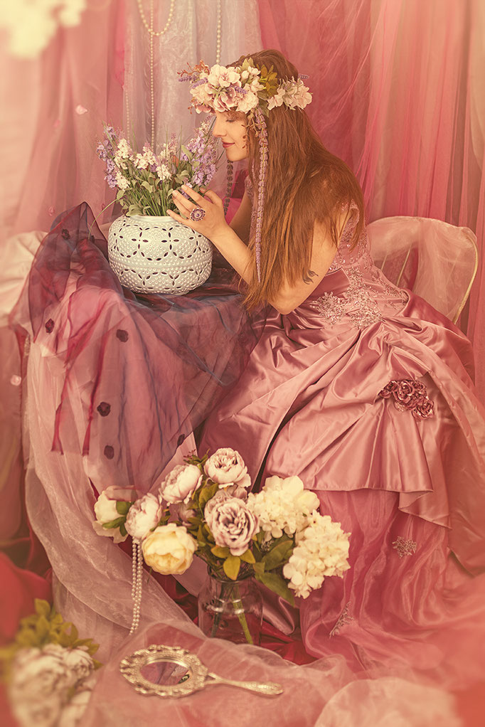 Prinzessin im blumigen Indoorset